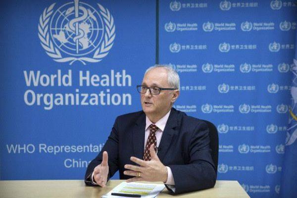 WHO cảnh báo dịch viêm phổi cấp do virus corona còn lâu mới chấm dứt - 1