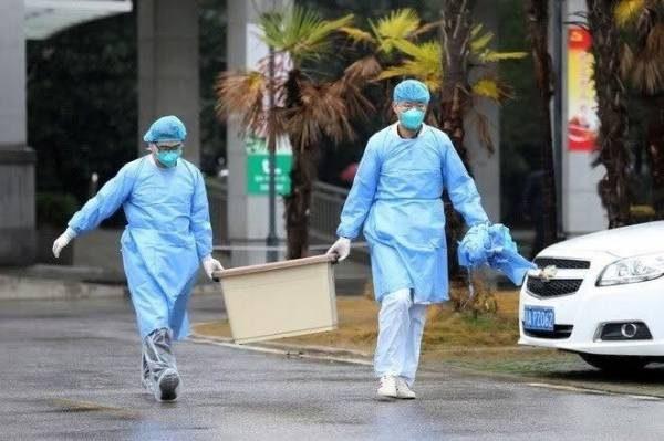 Virus Corna có tốc độ lây lan nhanh. (Ảnh: Reuters).
