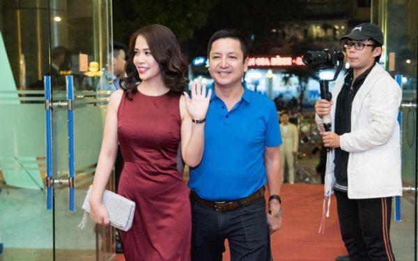Danh hài Chí Trung đã ly hôn người vợ gắn bó hơn 30 năm, có bạn gái mới là doanh nhân 0