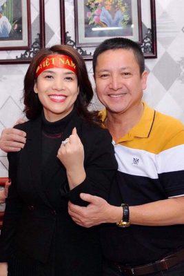Danh hài Chí Trung đã ly hôn người vợ gắn bó hơn 30 năm, có bạn gái mới là doanh nhân 2
