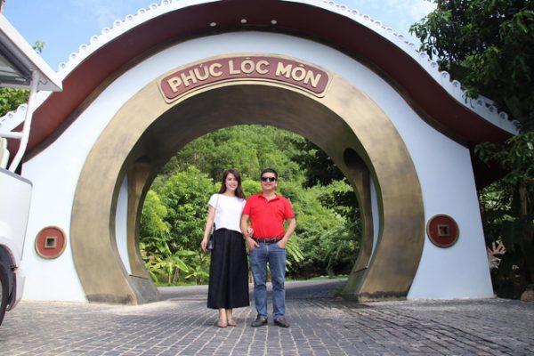 Danh hài Chí Trung đã ly hôn người vợ gắn bó hơn 30 năm, có bạn gái mới là doanh nhân 3
