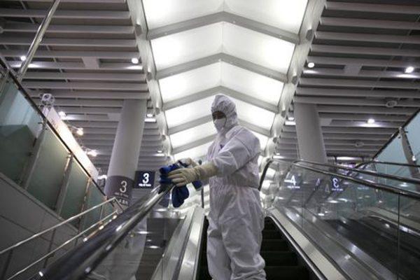 362 người chết, số người nhiễm virus corona Vũ Hán tăng rất mạnh, thị trường chứng khoán Trung Hoa lao dốc không phanh - Ảnh 3.
