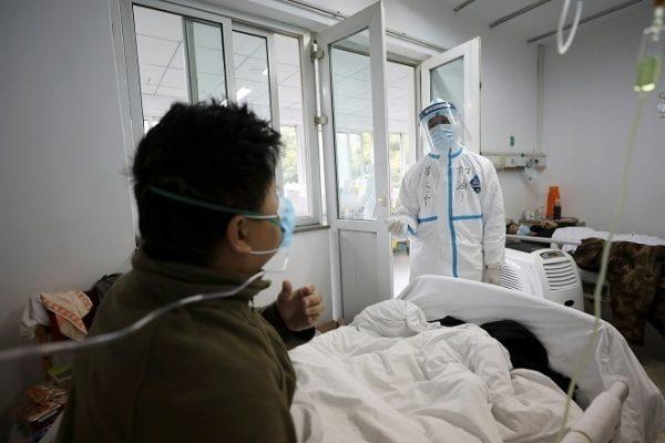 Các tình nguyện viên sẽ được chi trả hơn 100 triệu đồng để tiêm virus corona và nằm cách ly 2 tuần trong phòng bệnh. Ảnh minh họa